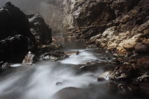 7. sungai bawah tanah